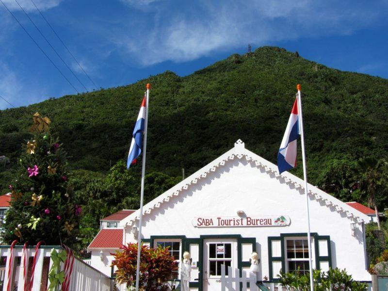 Saba Island PJ6/G3TXF DX News Tourist Bureau.