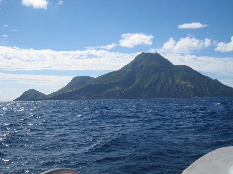 Saba Island PJ6Y DX News