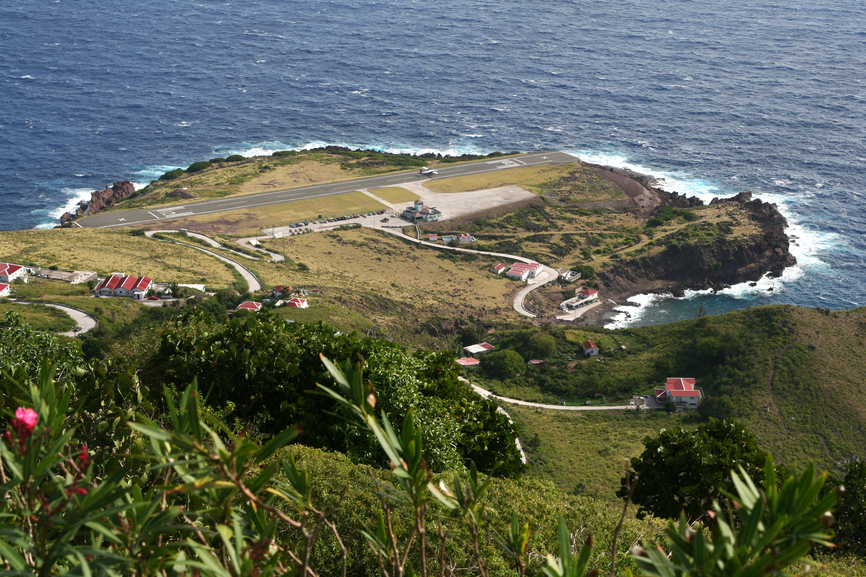 Saba Island PJ6/NM1Y DX News Airport