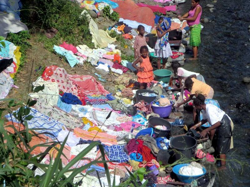 Sao Tome and Principe S9TM Local women gather to wash their clothes.