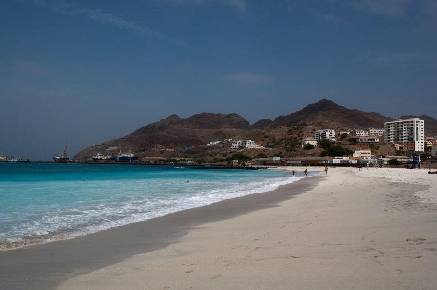 Миндело Сан Висенти Кабо Верде Острова Зеленого Мыса D41CV Пляж.