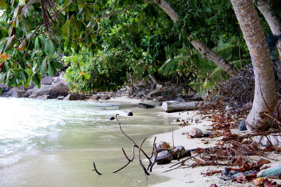 Sedanau Island Natuna Islands YB8RW/5