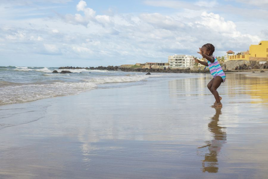 Senegal 6W7/F6HMJ DX News Local residents of Dakar enjoy their afternoon at a Beach by the Atlantic Ocean in Dakar.