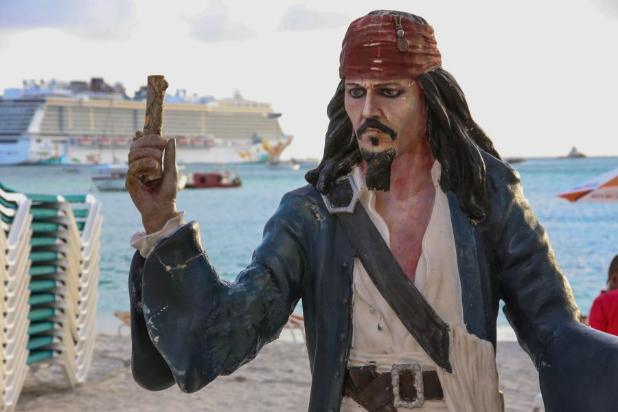 Остров Синт Мартен PJ7AN Капитан Джек Воробей.