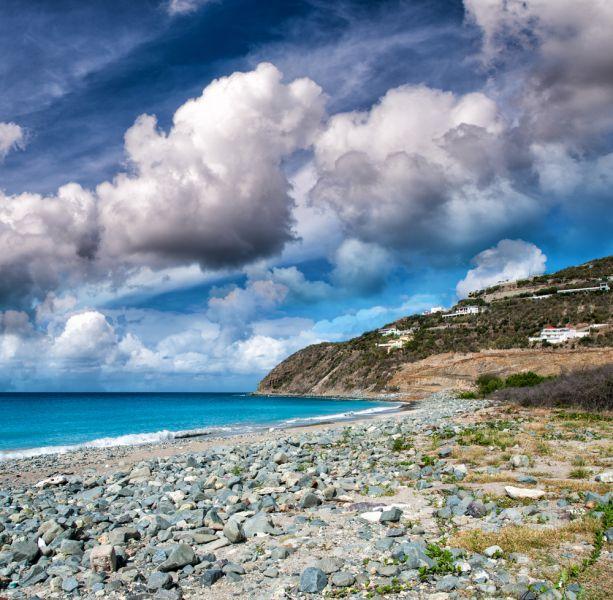 Sint Maarten Island PJ7/DL9USA Tourist attractions spot Beautiful caribbean beach.