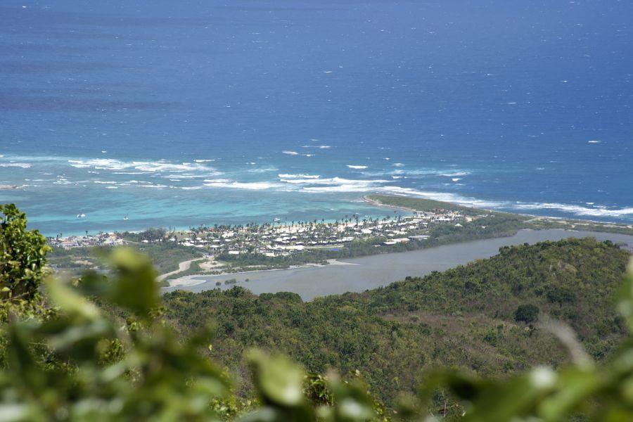 Sint Maarten Island PJ7/G4JEC PJ7/K0HAC Orient Beach.
