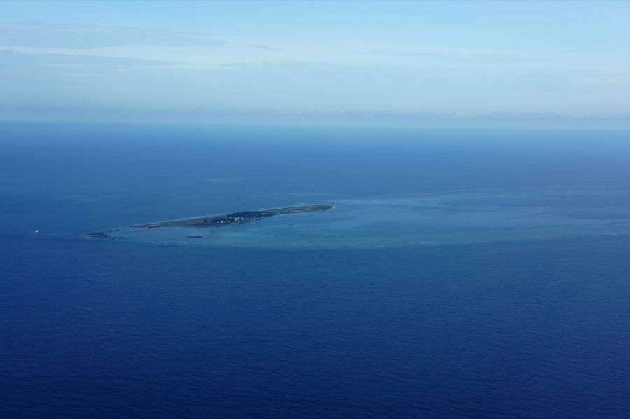 Layang Layang Island Spratly Islands 9M0S DX News.