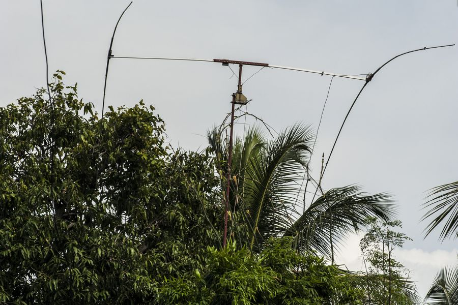 Sri Lanka The home-made rotary beam antenna for 14 MHz
