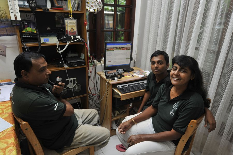 Sri Lanka 4S6WAS Senarath, 4S6WAS, makes a call over one of the 144 MHz repeaters which are in use on Sri Lanka.
