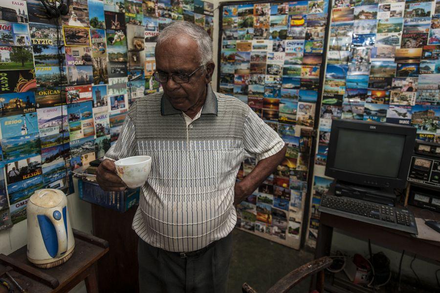 Sri Lanka 4S7NE Tea drinking is widespread in Sri Lanka