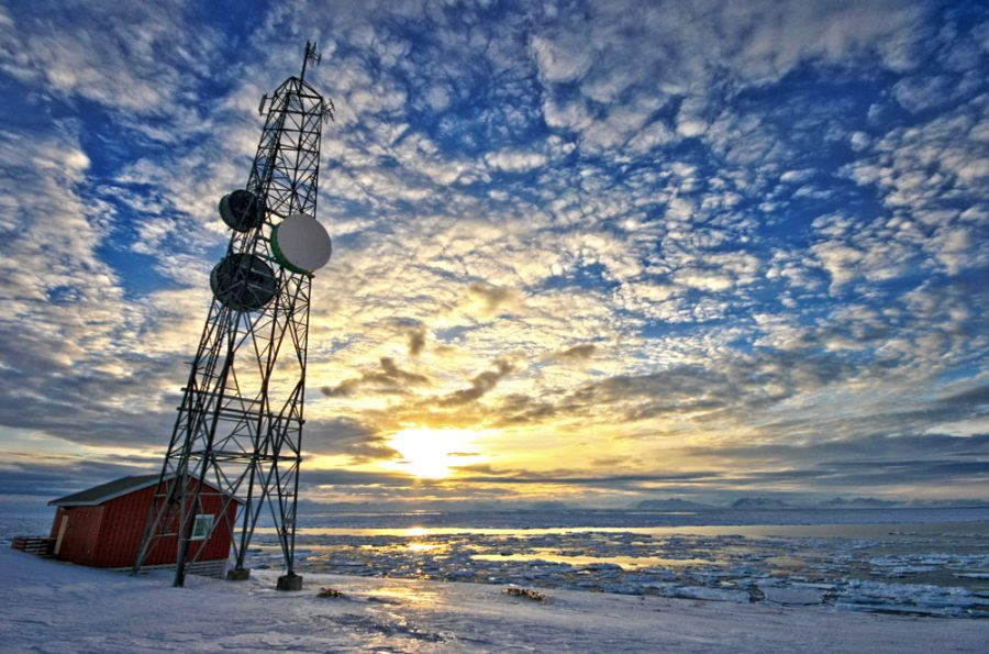 Svalbard JW/OX5M DX News
