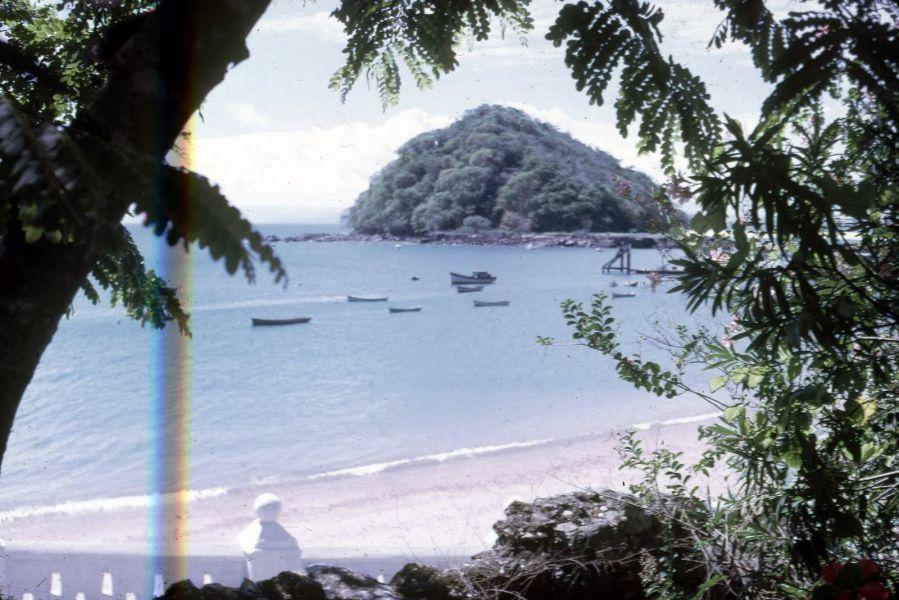 Taboga Island HP1/LU9EFO Village.