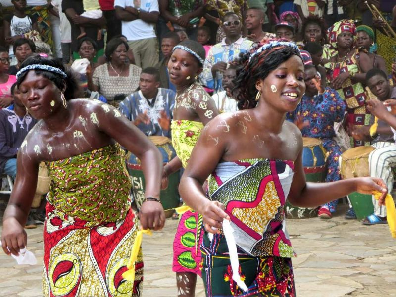 Togo 5V7BD 5V7GD 5V7FMD Tourist attractions spot Ewa Bobobo Dance, Kouma-Konda village near Kpalime.