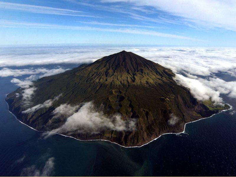 Tristan da Cunha Island ZD9ZS DX News