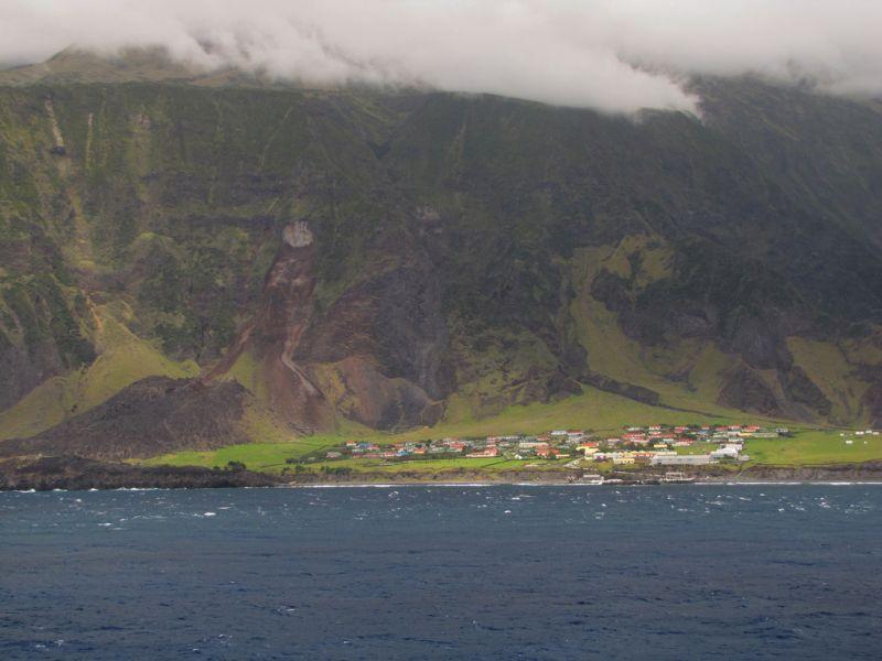 Tristan da Cunha Island ZD9XF DX News