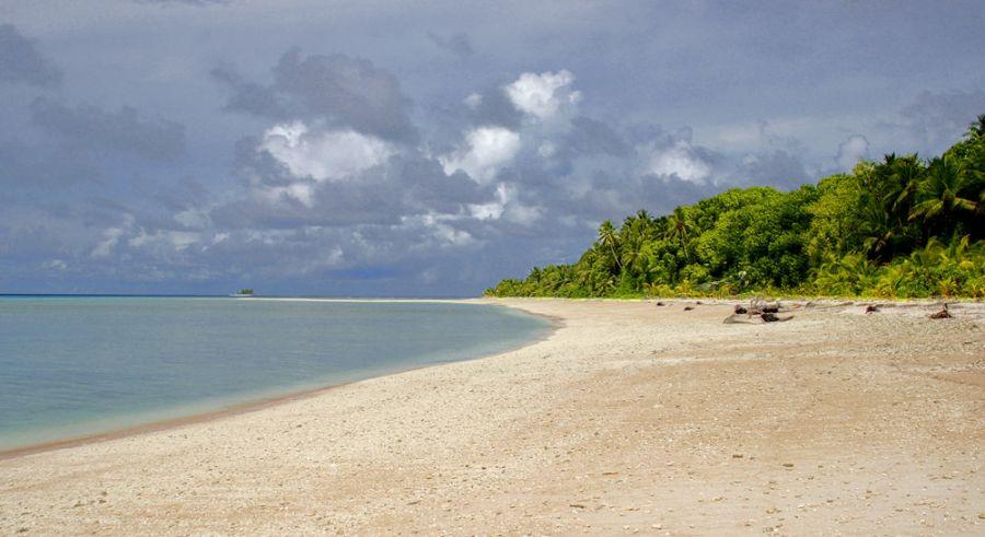 Tuvalu Island T2J Tourist attractions spot Fualifeke island, Funafuti atoll.