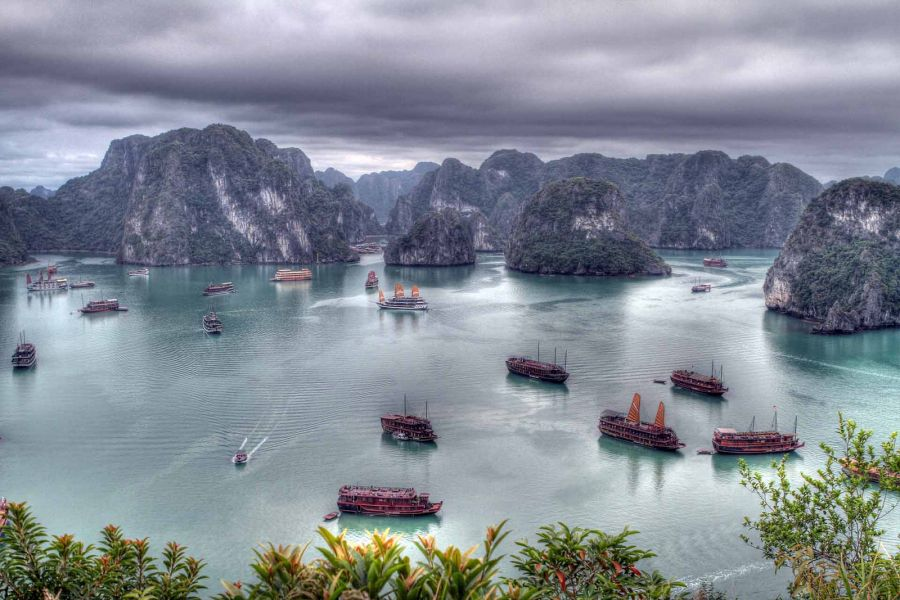 Vietnam 3W3TY Ha Long Bay.