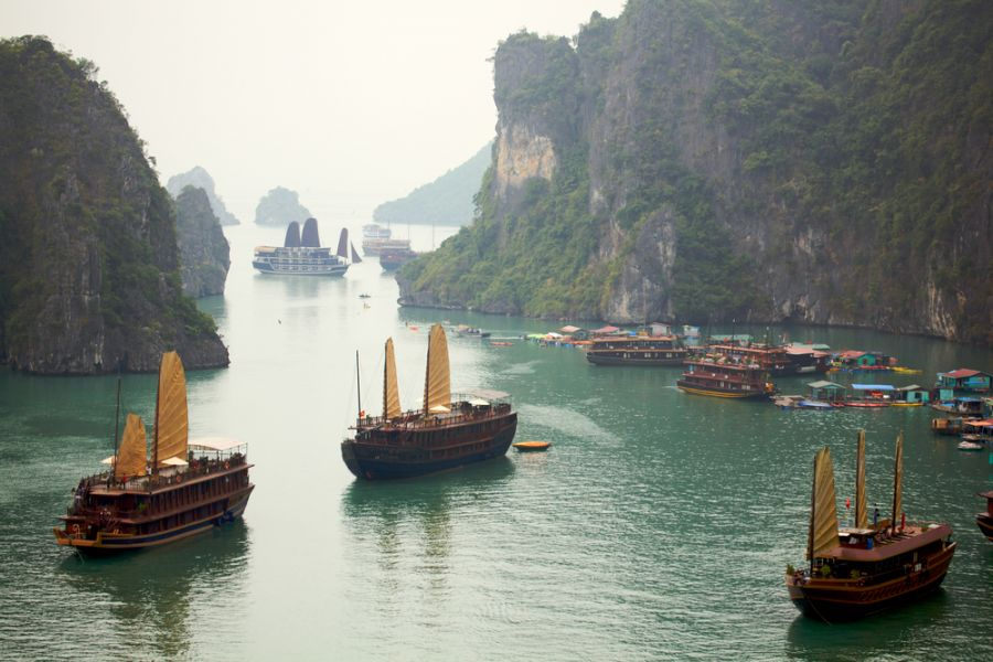 Вьетнам XV2CJB Бухта Хало́нг