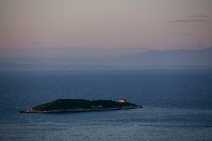 Остров Вис 9A0AA Туристические достопримечательности