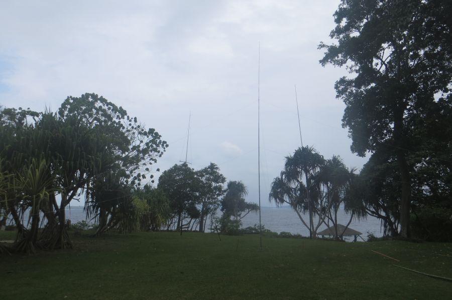 Vanuatu YJ0X 40 80m antennas
