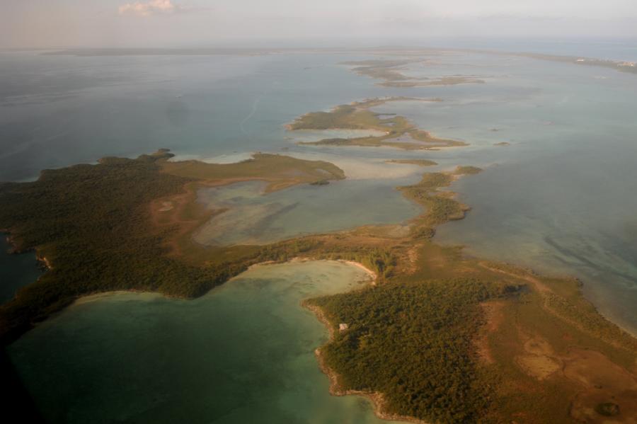 Остров Абако C6ARU C6AUM C6AKQ