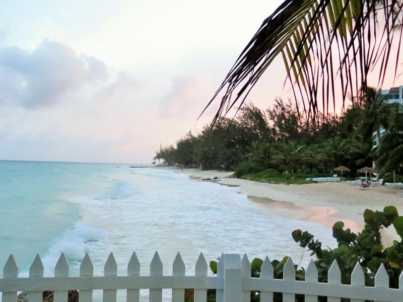 Barbados 8P9PR DX News Maxwell Beach