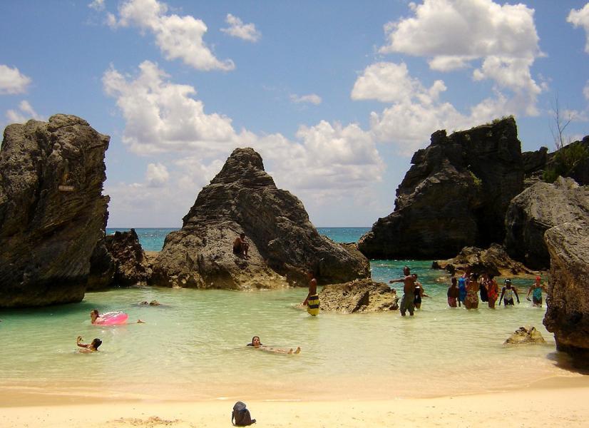 Bermuda Islands VP9/KQ8Z DX News