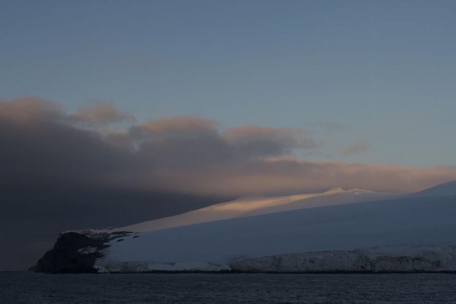 Bouvet Island 3Z9DX Picture