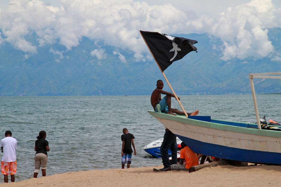 Бурунди 9U4M DX Новости Пираты на озере Танганьика, Бужумбура.