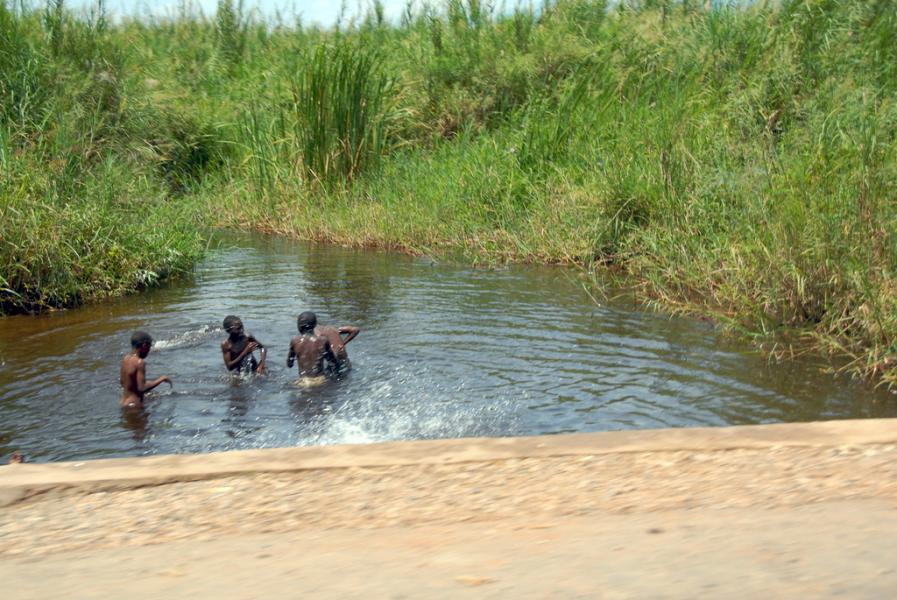 Burundi 9U4M Tourist attractions spot Bujumbura.