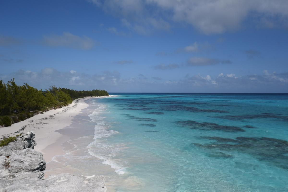 C6AKT Lighthouse Beach, Eleuthera Island. Tourist attractions spot