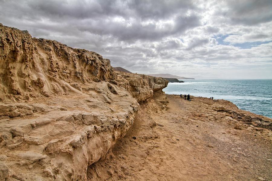 Canary Islands EE8Z DX News