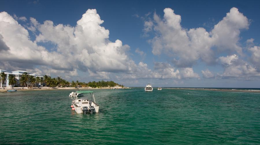 Остров Кайман Брак ZF9CW Туристические достопримечательности
