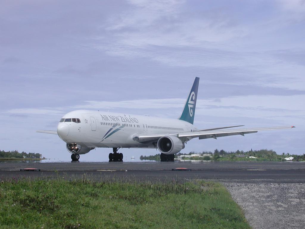 Остров Раротонга E51GHS Туристические достопримечательности Острова Кука Аэропорт Самолет Air New Zealand