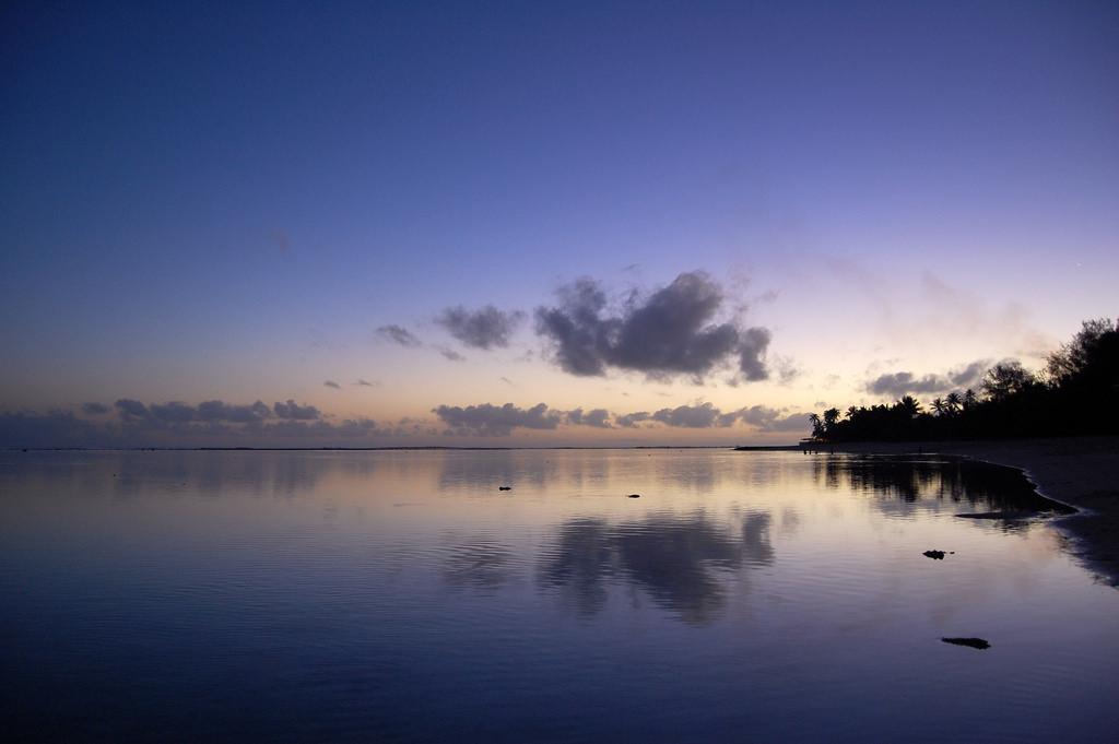 E51BCP Rarotonga Island, Cook Islands