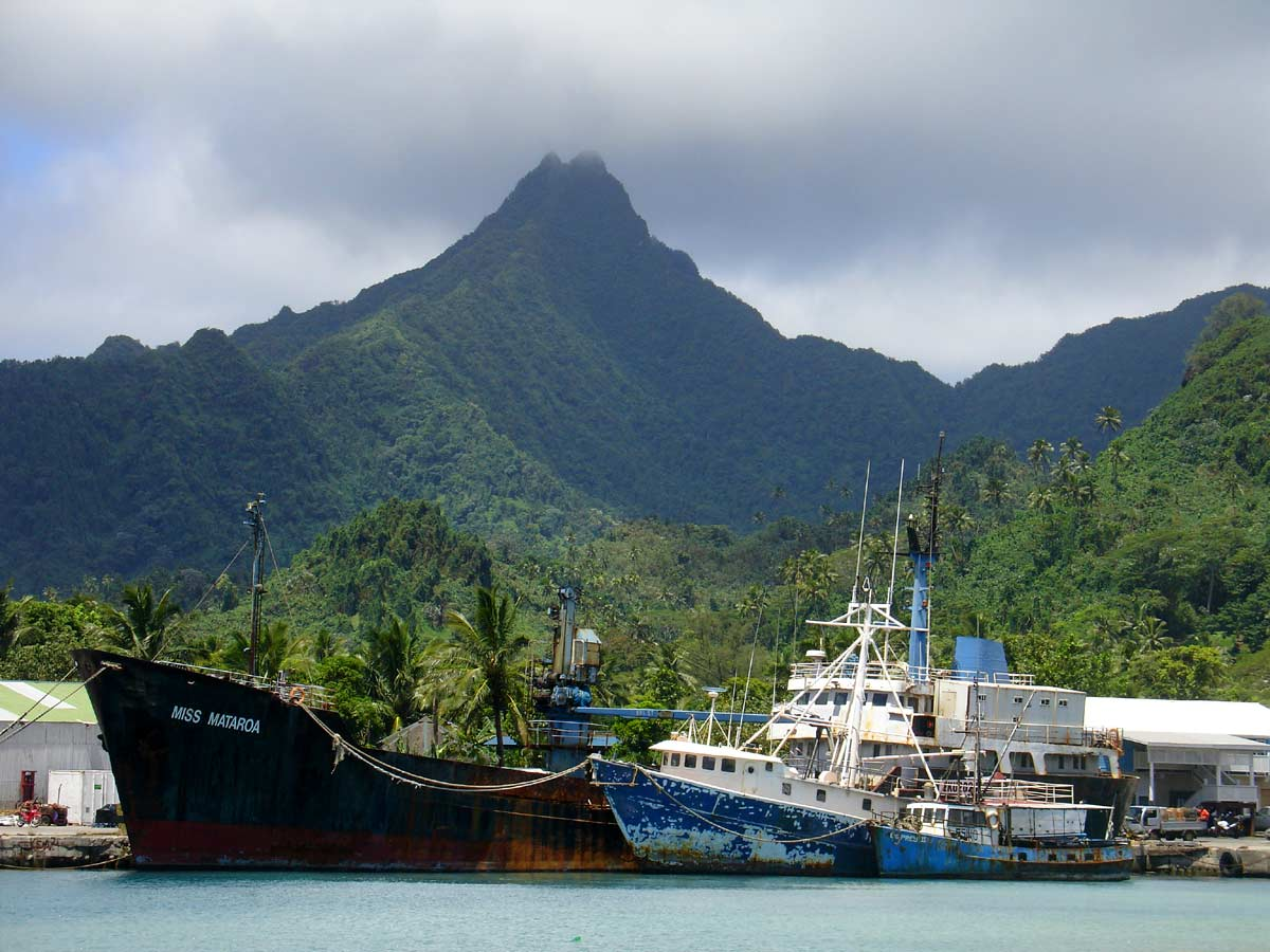 E51GEA Avatiu Harbour, Rarotonga Island, Cook Islands.