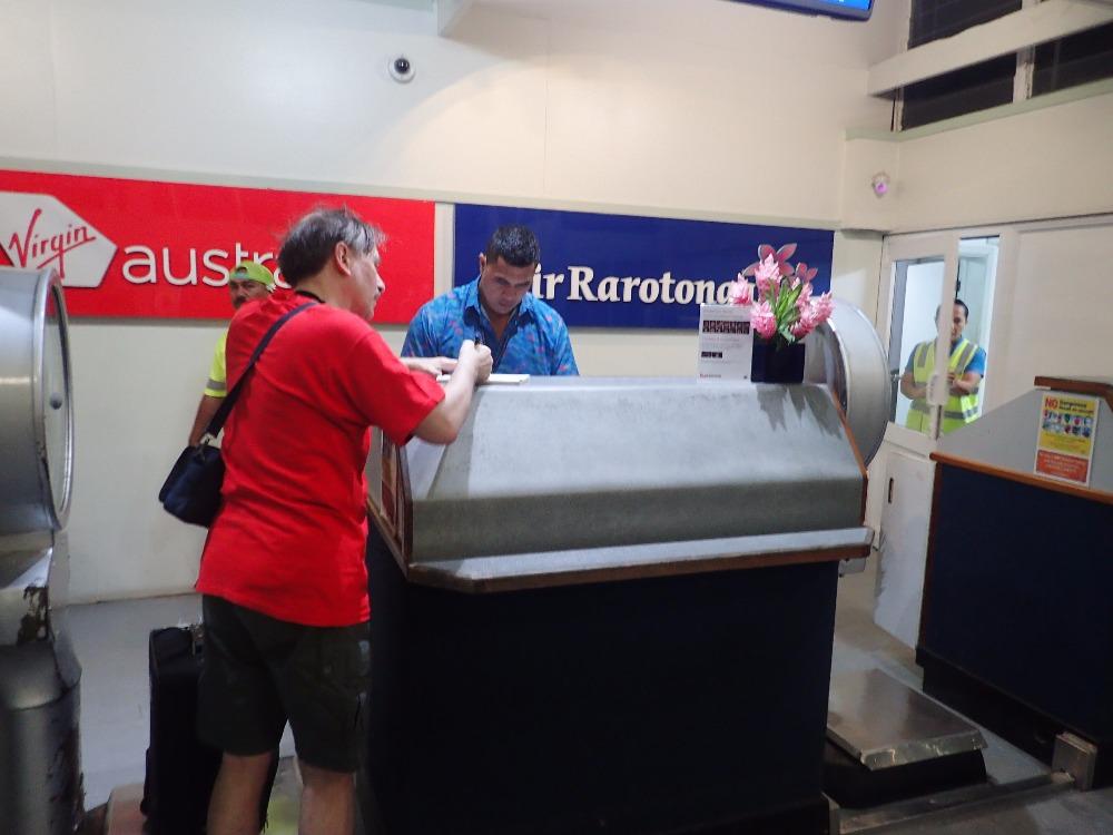 E51LYC Departure to Pukapuka Atoll