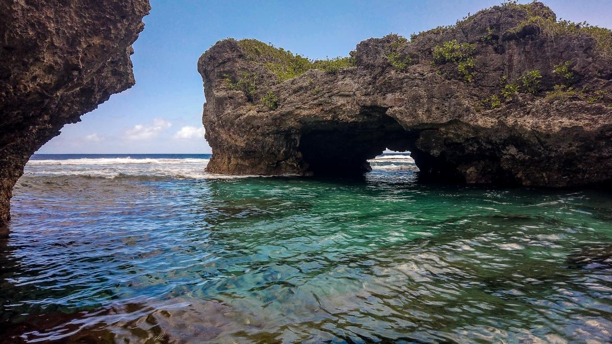 E6ET Niue Image 3