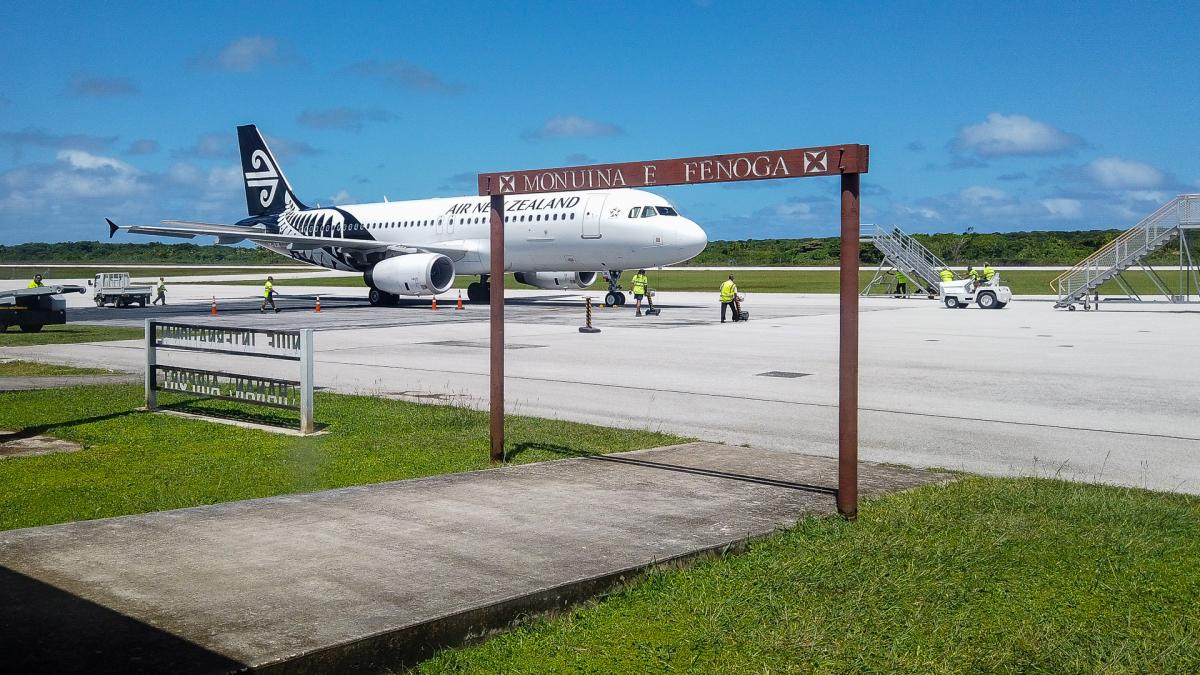 Niue Island E6ET Image 1 Article