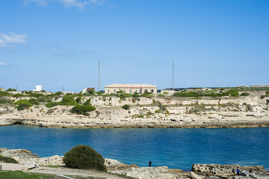 EA6 Menorca Island Coast Radio