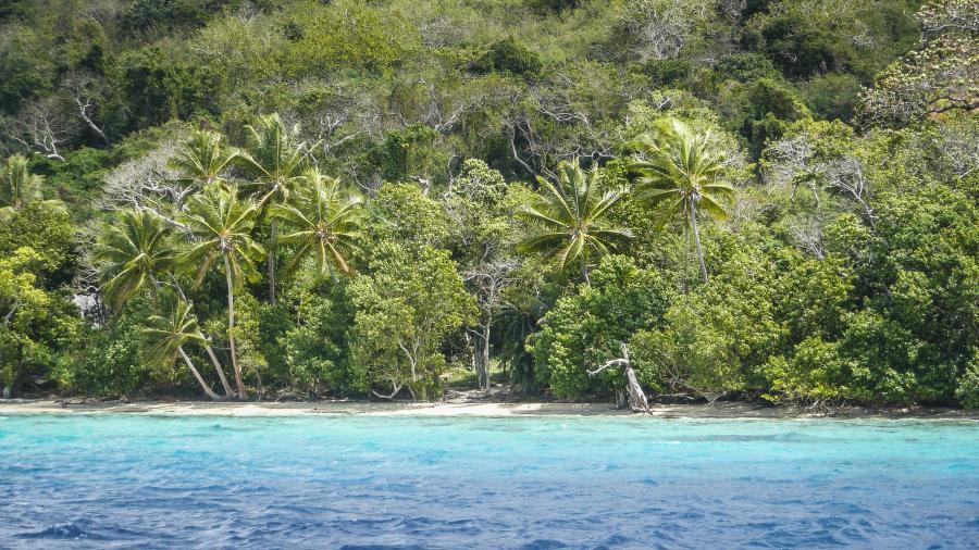 Efate Island Vanuatu YJ0YM Moso Island