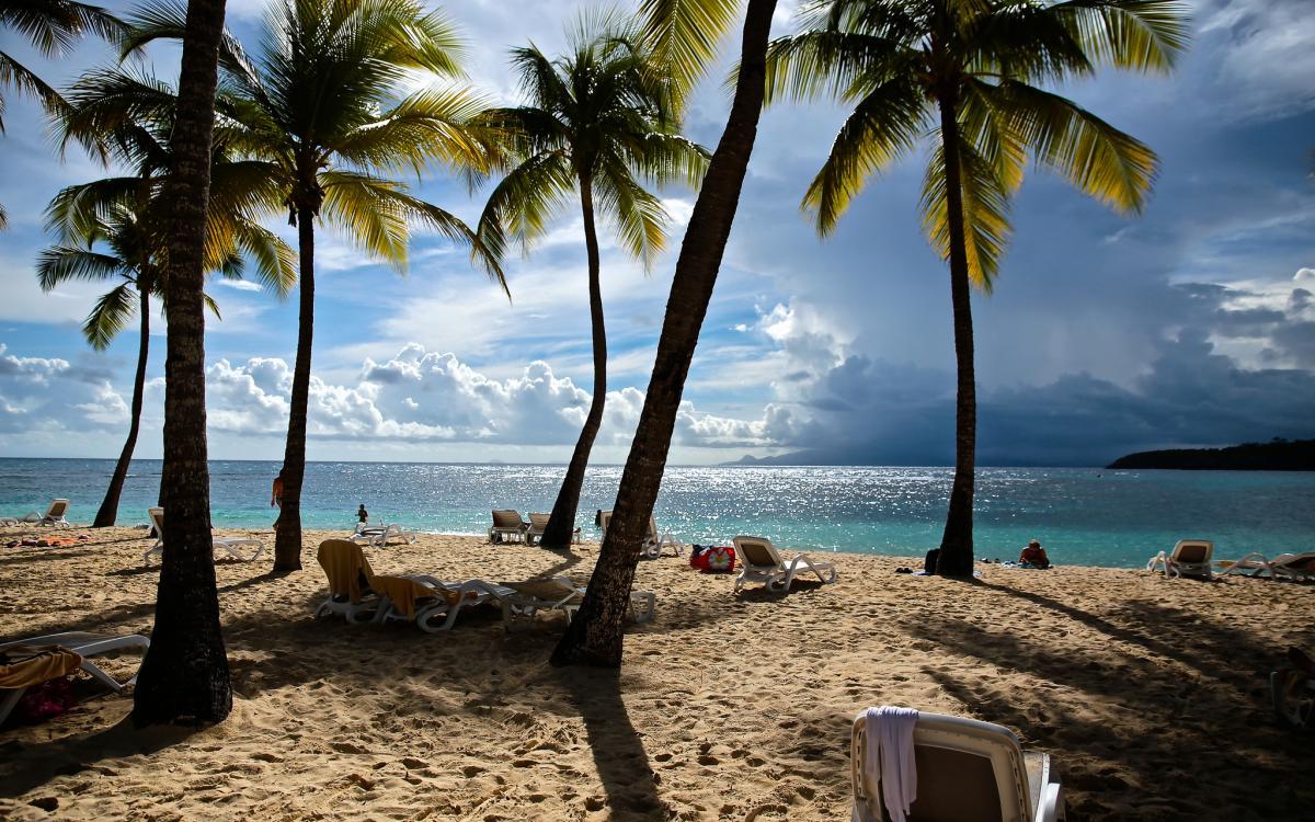 FG/OE6MBG Пляж, Гваделупа. Туристические достопримечательности.