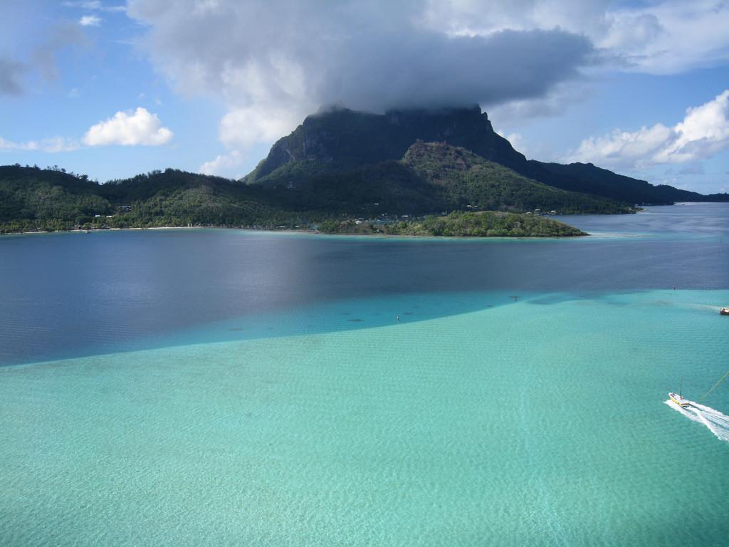 FO/HB9XBG Остров Бора Бора, Французская Полинезия.