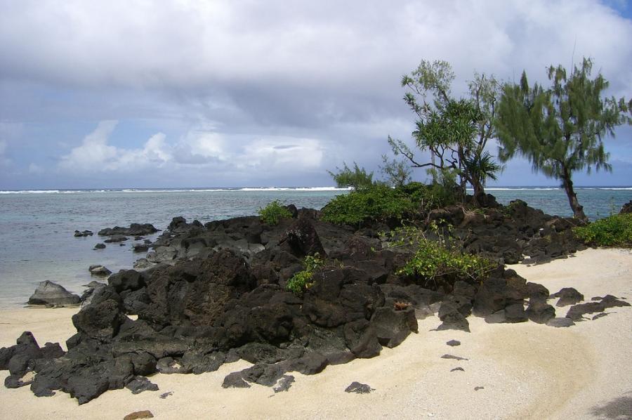 Остров Гауа YJ8RN/P Залив Каска Острова Банкс