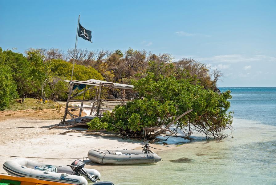 Остров Гренада J3/OE2SNL DX Новости