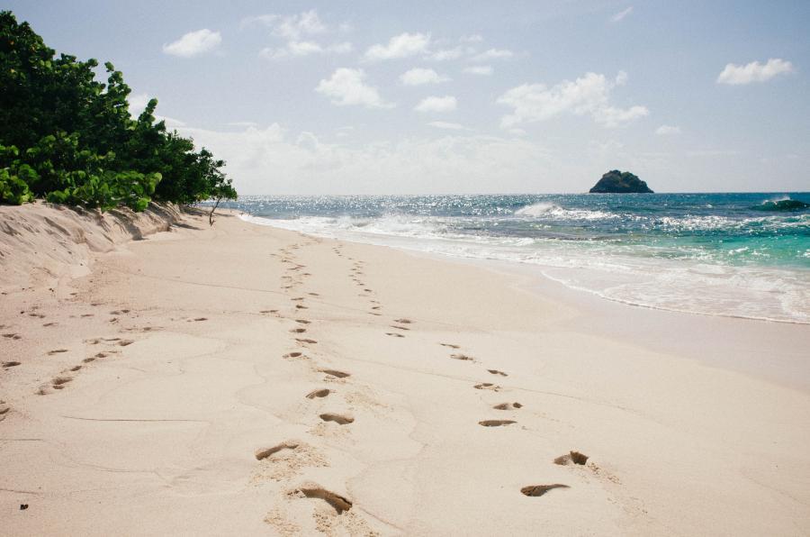 Остров Гренада J3/OE2SNL