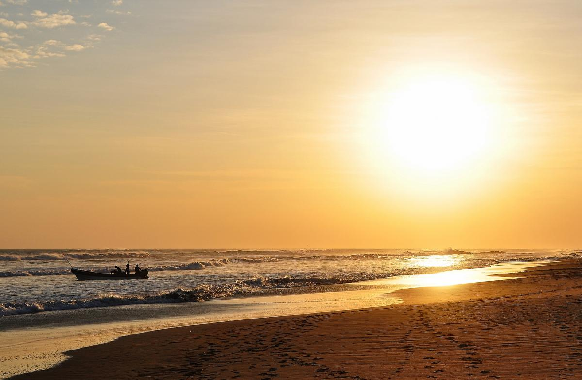 H7/SP7VC Пляж, Касарес, Каразо, Никарагуа.