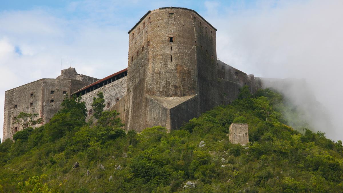 Haiti 4V1G Tourist attractions spot The Citadelle Laferrière or, Citadelle Henry Christophe