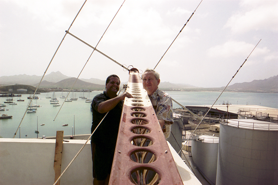 Amateur Radio Forum Help needed EA8BYG SM0TQX helping D44AC Mindelo, Cape Verde
