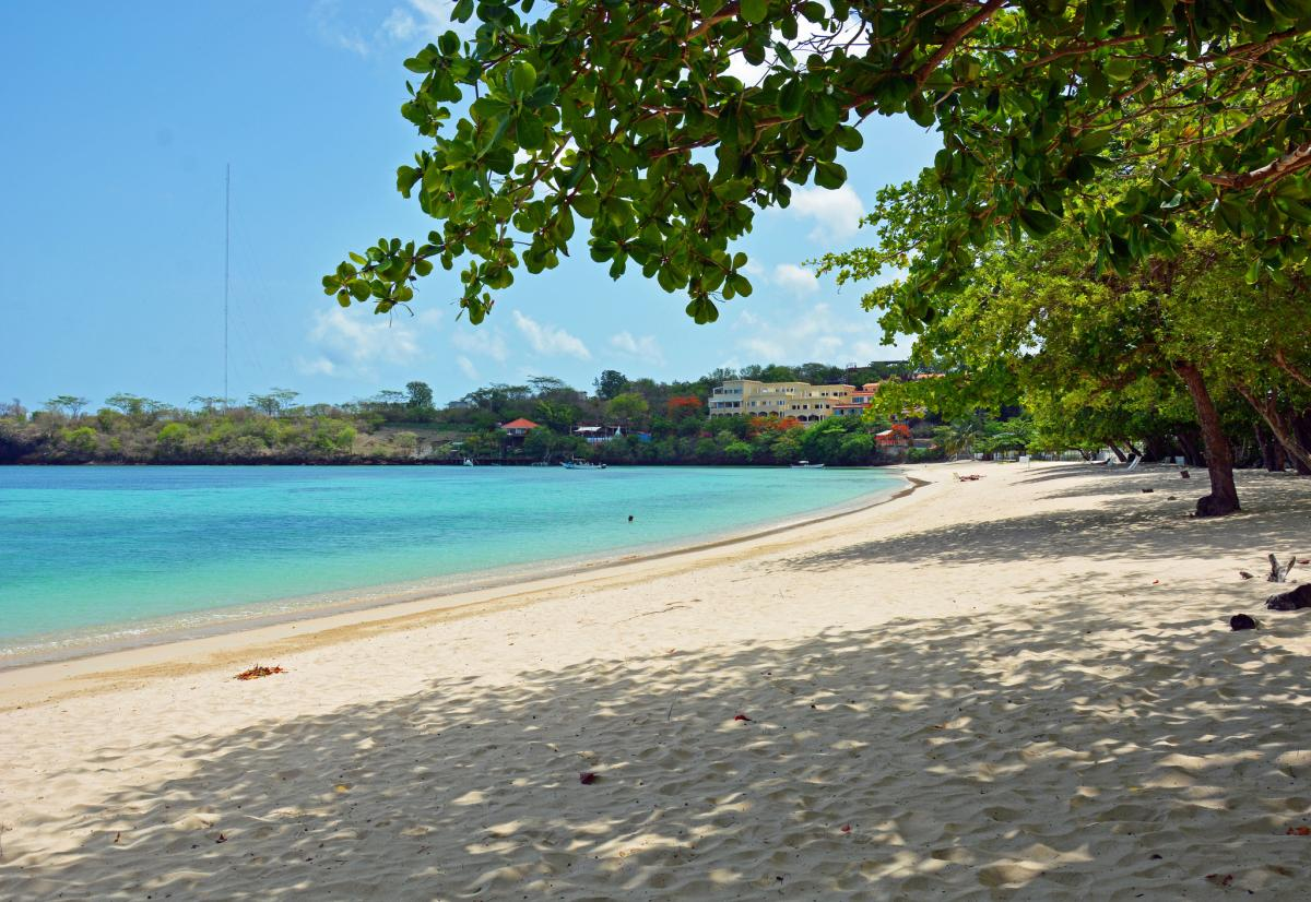 J3/KD2NOP Туристические достопримечательности Морне Руж Бич Гренада